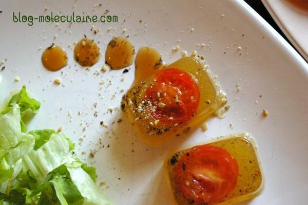 La réduction de vinaigre de tomate et de framboise